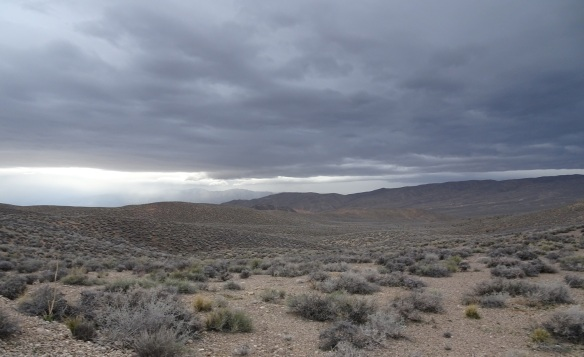 View of storm arriving Death Valley 2-2016 smaller
